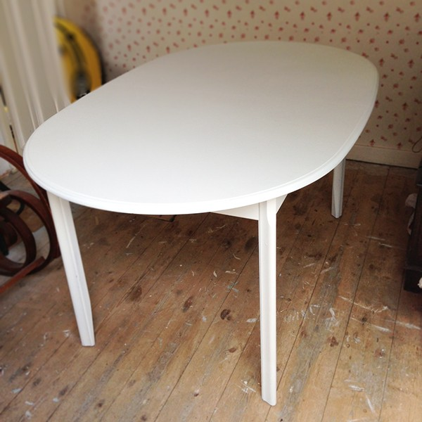 8 Seater Extendable table